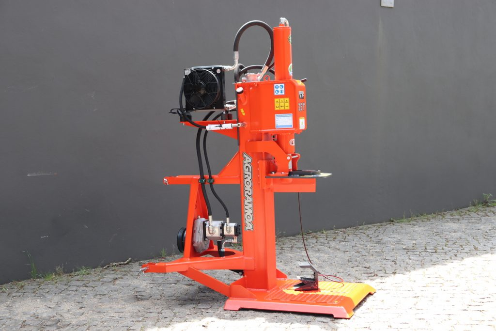 maquina rachar vertical para trator